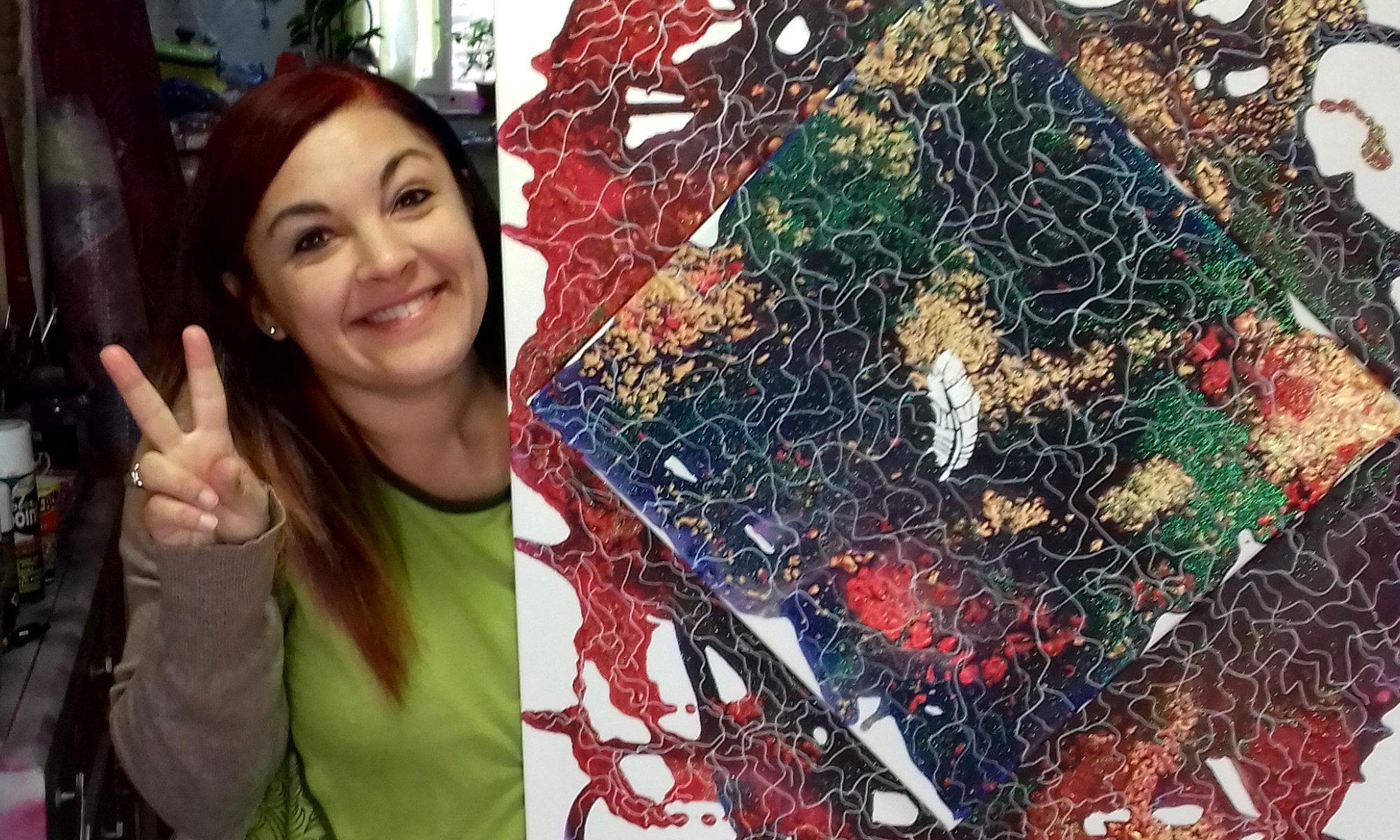 """Alice Piazza - Pittrice e Fondatrice del Movimento Arte Spirituale e di """"Albero & Anima"""". """"Sono una pittrice autodidatta e dipingo """"Tele Spirituali"""" che aiutano le persone a lavorare sulla propria crescita personale."""""""